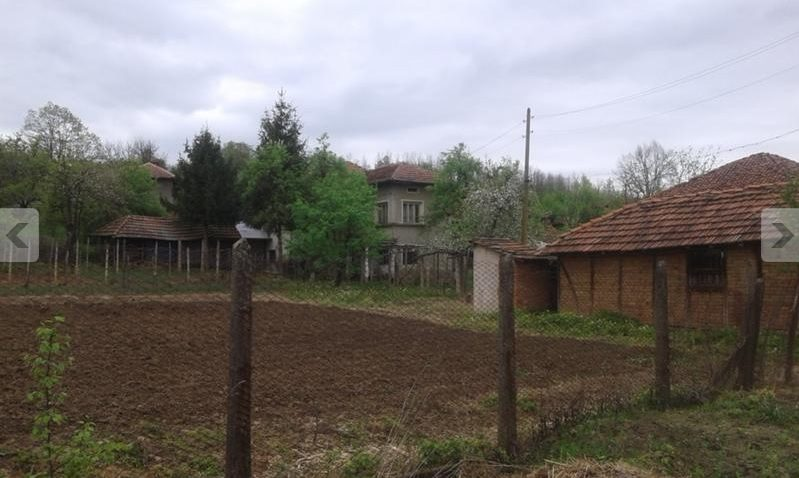 property house in bistrilitsa montana bulgaria house
