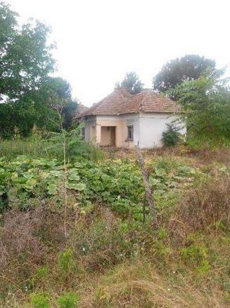 immobilien haus in tarnava vratsa bulgarien 70 qm haus 3 schlafzimmer 823 qm garten in. Black Bedroom Furniture Sets. Home Design Ideas