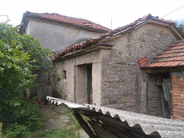 immobilien haus in vinarovo stara zagora bulgarien 50 qm haus 2 zimmer 1000 qm garten 30. Black Bedroom Furniture Sets. Home Design Ideas