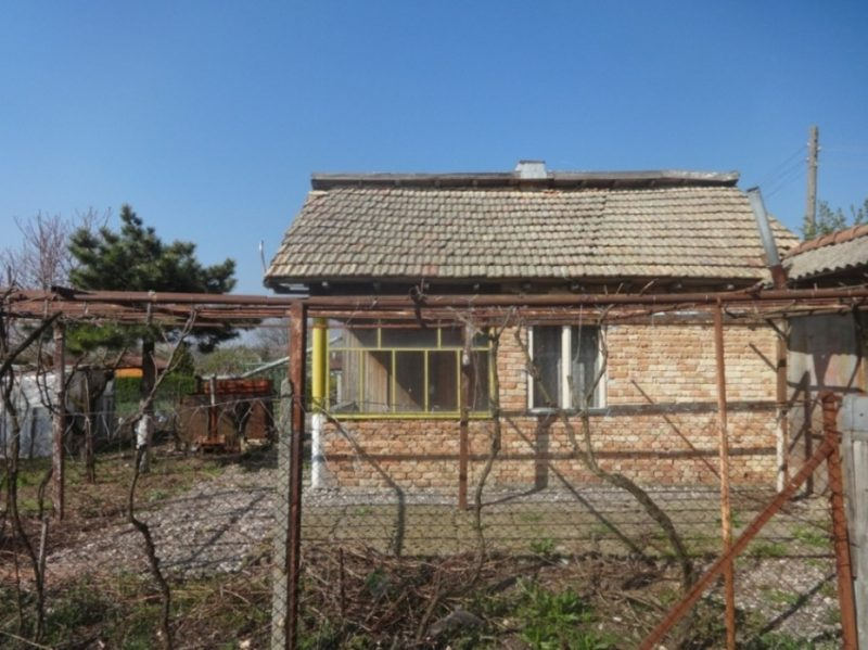 Property house in kotlentsi dobrich bulgaria 60 sq m for The garden room 11 cavendish square