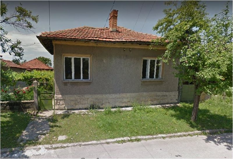immobilien haus in isperih razgrad bulgarien 100 qm haus 5 zimmer 1000 qm garten 160 km. Black Bedroom Furniture Sets. Home Design Ideas