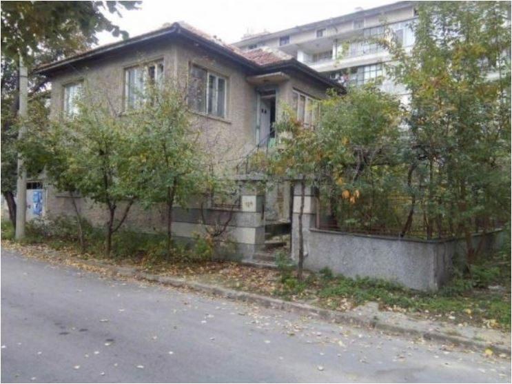Immobilien haus in provadiya varna bulgarien 300 qm for 300 qm garten gestalten