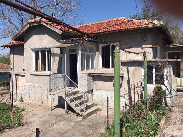 immobilien haus in yabalkovo haskovo bulgarien nizza 120 qm landhaus mit 1600 qm garten in. Black Bedroom Furniture Sets. Home Design Ideas
