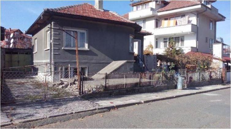 Immobilien haus in obzor burgas bulgarien 110 qm haus for 300 qm garten gestalten