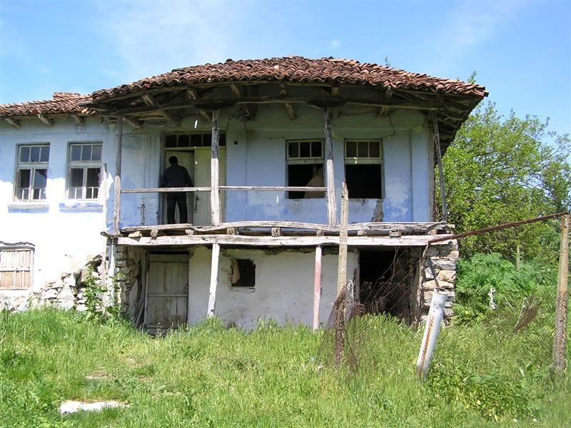 immobilien haus in oman yambol bulgarien haus 150 qm 2 etagen qm grundst ck 65 km. Black Bedroom Furniture Sets. Home Design Ideas