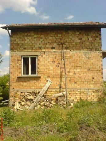 immobilien haus in pliska shumen bulgarien 810 qm grundst ck 150 qm haus. Black Bedroom Furniture Sets. Home Design Ideas