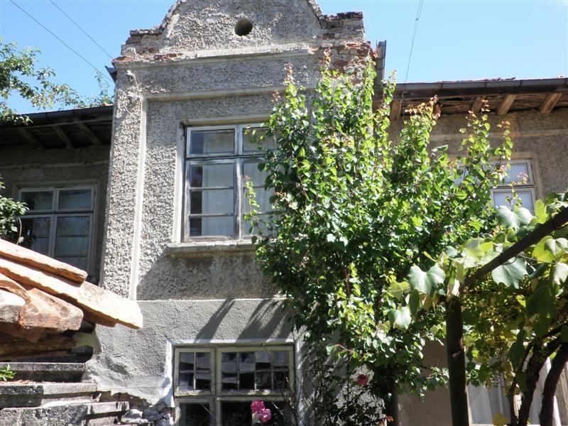 immobilien haus in kladenets shumen bulgarien haus 70 qm 4 zimmer bad 2000 qm grundst ck. Black Bedroom Furniture Sets. Home Design Ideas