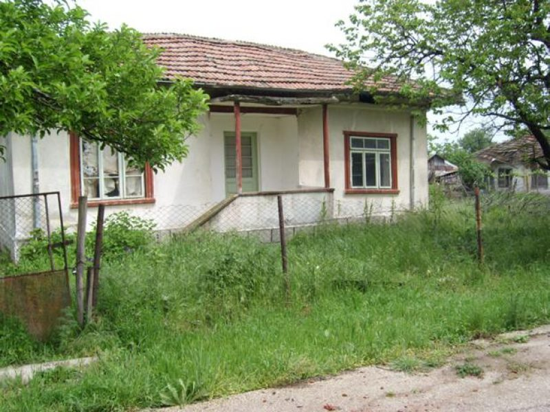 immobilien haus in popina silistra bulgarien haus 50 qm 3 zimmer keller grundst ck 1180. Black Bedroom Furniture Sets. Home Design Ideas