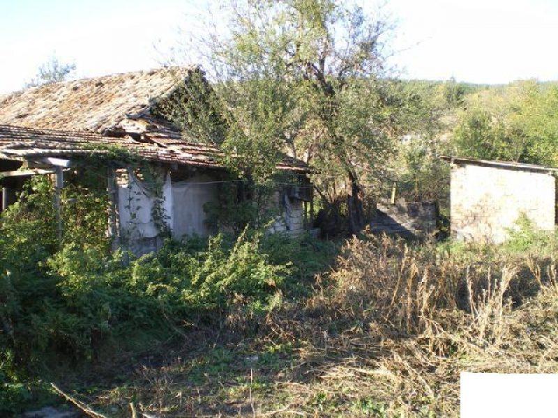 immobilien haus in lom cherkovna ruse bulgarien vollziegel haus im zentrum von bulgarien. Black Bedroom Furniture Sets. Home Design Ideas