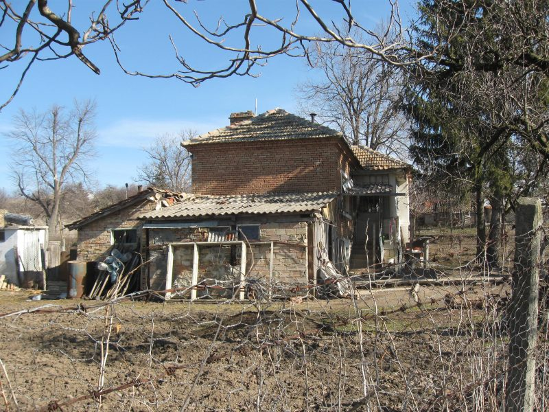 immobilien haus in preselka shumen bulgarien haus 50. Black Bedroom Furniture Sets. Home Design Ideas