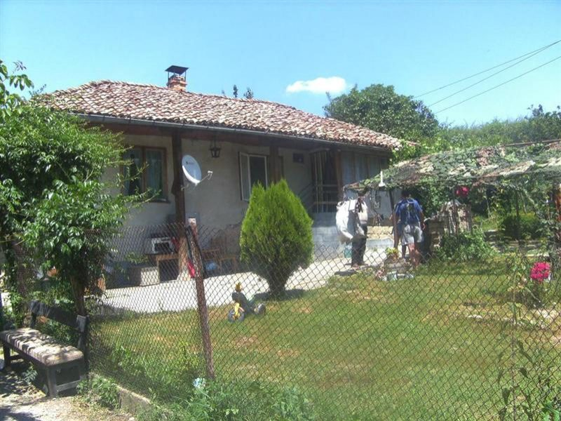 immobilien haus in balkanski razgrad bulgarien haus. Black Bedroom Furniture Sets. Home Design Ideas
