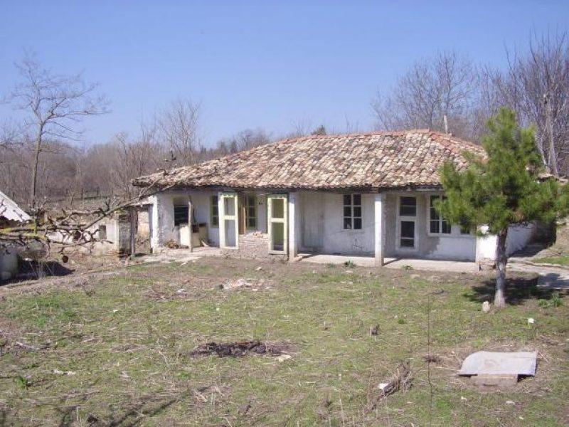 immobilien haus in nevsha varna bulgarien haus 70 qm grundst ck 2200 qm 50 km von varna. Black Bedroom Furniture Sets. Home Design Ideas