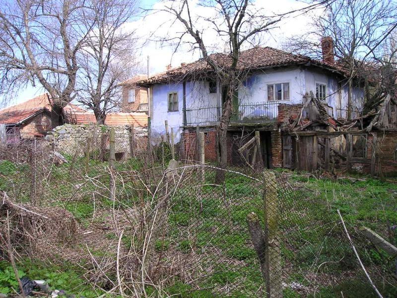 immobilien haus in momina tsarkva burgas bulgarien haus 120 qm grundst ck 630 qm 63 km. Black Bedroom Furniture Sets. Home Design Ideas
