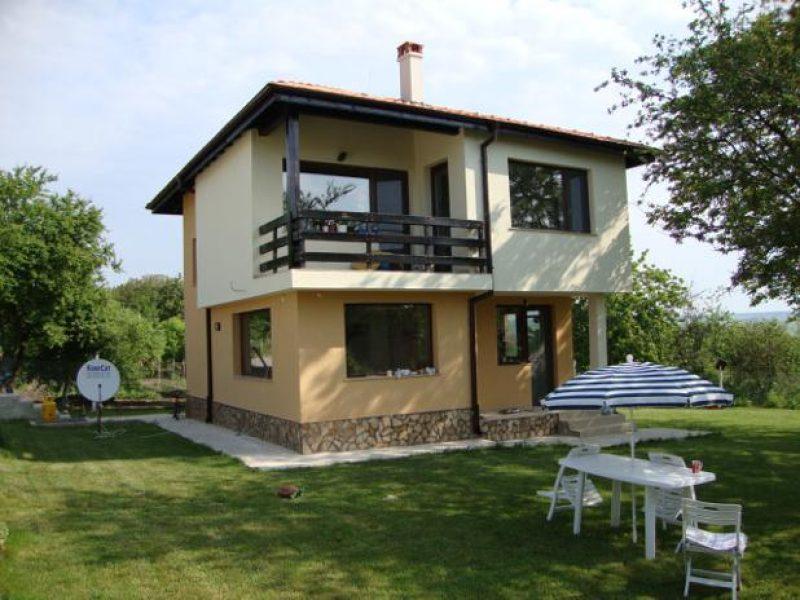 immobilien haus in ravna gora varna bulgarien haus. Black Bedroom Furniture Sets. Home Design Ideas