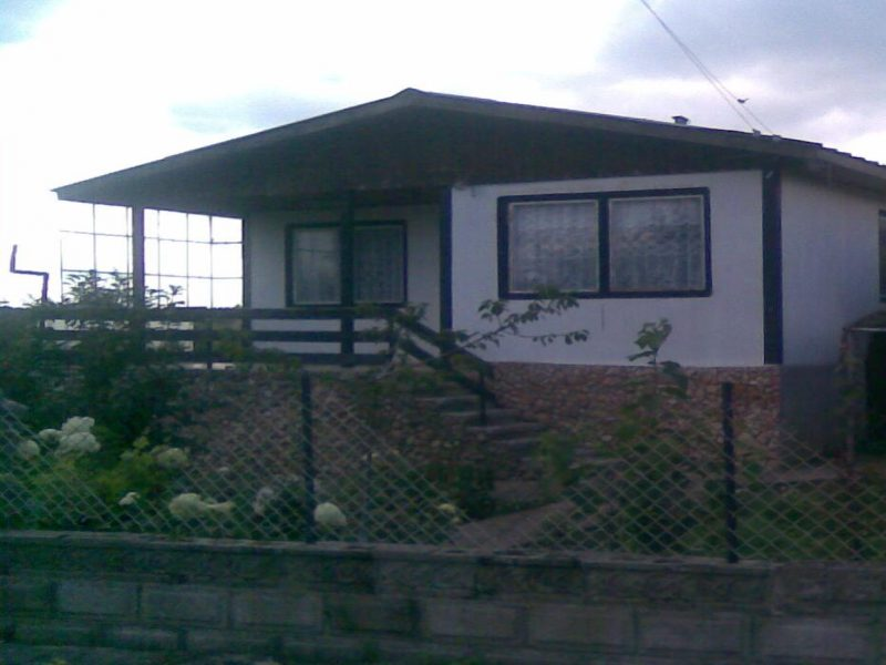 immobilien haus in dropla dobrich bulgarien haus 70 qm schlafzimmer bad grundst ck 1000. Black Bedroom Furniture Sets. Home Design Ideas