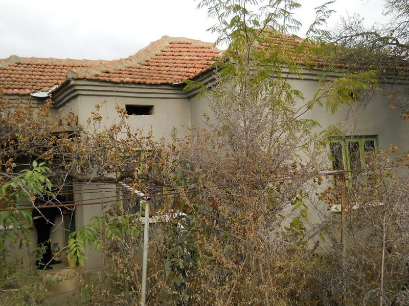 immobilien haus in kamen dobrich bulgarien 5000 qm garten sommerk che in der n he der. Black Bedroom Furniture Sets. Home Design Ideas