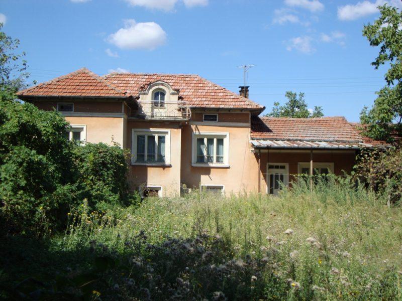 immobilien haus in paskalevets veliko tarnovo bulgarien 90 qm haus mit 3 schlafzimmern. Black Bedroom Furniture Sets. Home Design Ideas
