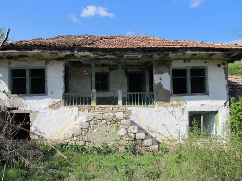 immobilien haus in nenovo varna bulgarien haus 90 qm grundst ck 1340 qm 58 km zum meer. Black Bedroom Furniture Sets. Home Design Ideas