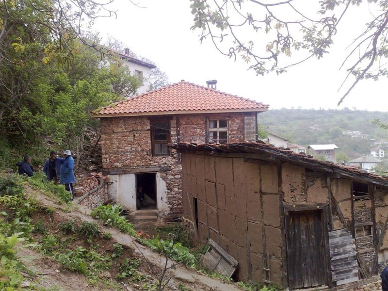 property house in chokmanovo smolyan bulgaria 210 sqm