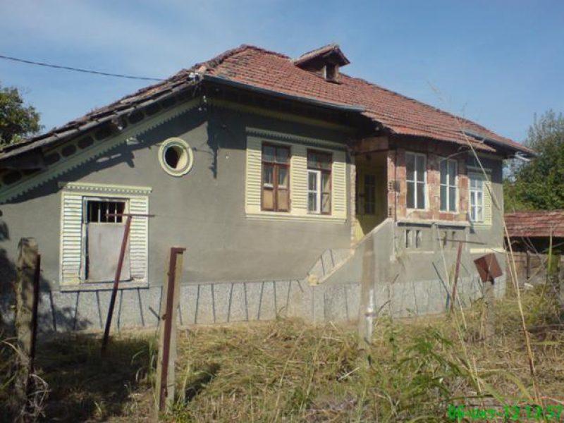 immobilien haus in garvan silistra bulgarien haus 90 qm 3 zimmer keller grundst ck 3900. Black Bedroom Furniture Sets. Home Design Ideas