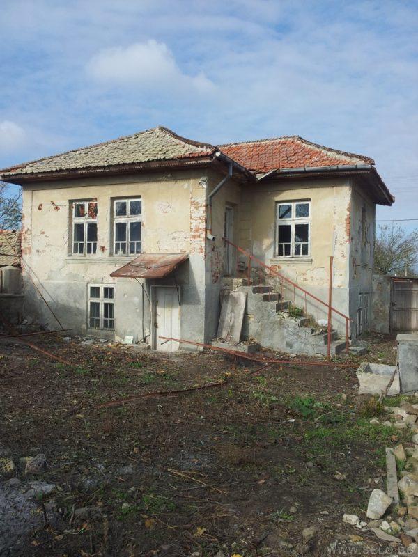 Immobilien haus in iskra burgas bulgarien haus 4 for Gartengestaltung 700 qm