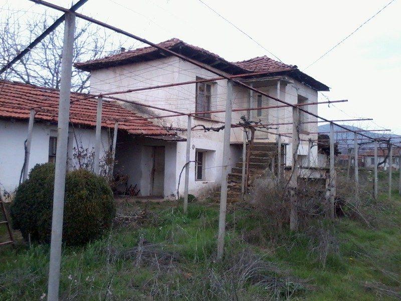 immobilien haus in otets paisievo plovdiv bulgarien haus 150 qm mit garten 700 qm 1. Black Bedroom Furniture Sets. Home Design Ideas