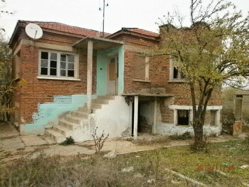 immobilien haus in sabrano sliven bulgarien haus 70 qm grundst ck 2000 qm 13 km von nova. Black Bedroom Furniture Sets. Home Design Ideas