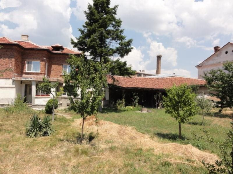property house in apriltsi pazardzhik bulgaria 148 m2