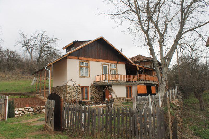 Immobilien haus in turokovtsi pernik bulgarien for Gartengestaltung 700 qm