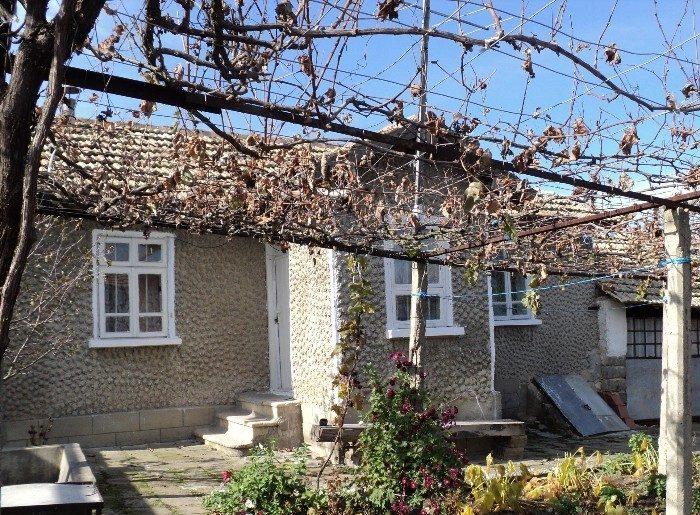 immobilien haus in shumen shumen bulgarien 70 qm haus renoviert dach gut 2 schlafzimmer. Black Bedroom Furniture Sets. Home Design Ideas