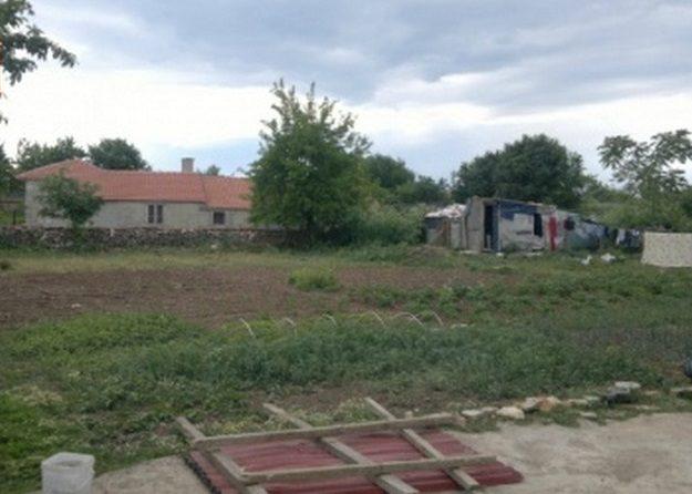 Immobilier balgarevo dobrich bulgarie maison 100m2 for Prix amenagement jardin 100m2