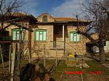 house 100 sq.m., 3 bedrooms, bathroom, basement, land 660 sq.m., 18 km. from Popovo