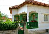 70 sq.m house, 2 bedrooms, 1300 sq.m garden, 13 km from river Danube