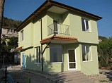 house 95 sq.m., 2 bedrooms, 2 bathrooms, land 275 sq.m., 800 m. to sea