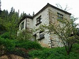 House 180 square meters, three bedrooms, bathroom, cellar, 33 km. from Smolyan