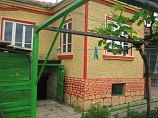 house 90 sq.m., 2 bedrooms, bathroom, garage, land 2000 sq.m., 19 km. from Dobrich