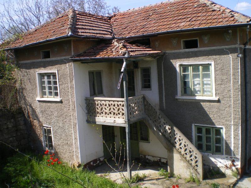 immobilien haus in bosilkovtsi ruse bulgarien 90 qm ziegel und stein haus 4 schlafzimmer. Black Bedroom Furniture Sets. Home Design Ideas