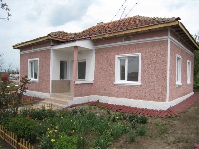 immobilien haus in vichovo dobrich bulgarien 80 qm bungalow komplett renoviert. Black Bedroom Furniture Sets. Home Design Ideas
