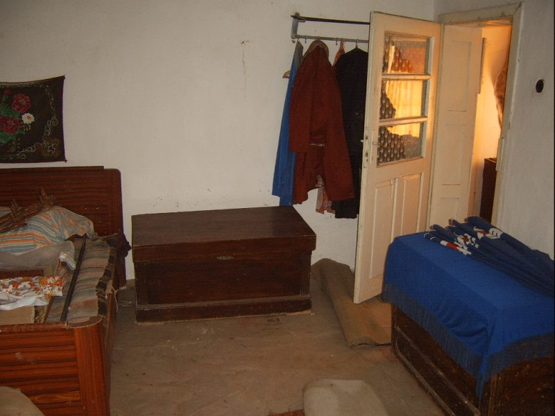 immobilien haus in smin dobrich bulgarien 90 m2 haus 3 schlafzimmer k che garten 3500 qm. Black Bedroom Furniture Sets. Home Design Ideas