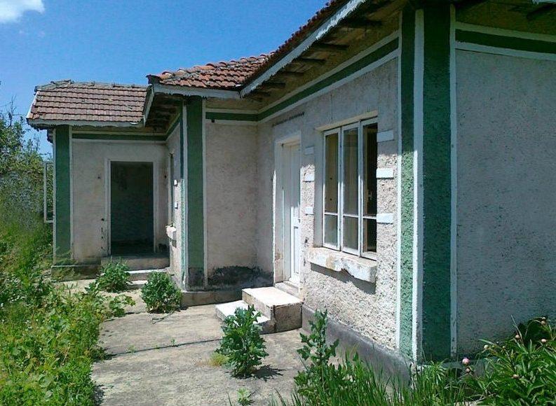 immobilien haus in pchelarovo dobrich bulgarien 60 qm bungalow 2500 qm land 20 km von. Black Bedroom Furniture Sets. Home Design Ideas