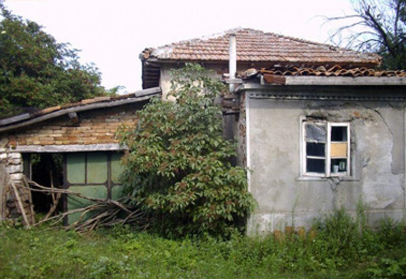 immobilien haus in chernomortsi dobrich bulgarien 100 m2 haus f r die renovierung 3. Black Bedroom Furniture Sets. Home Design Ideas
