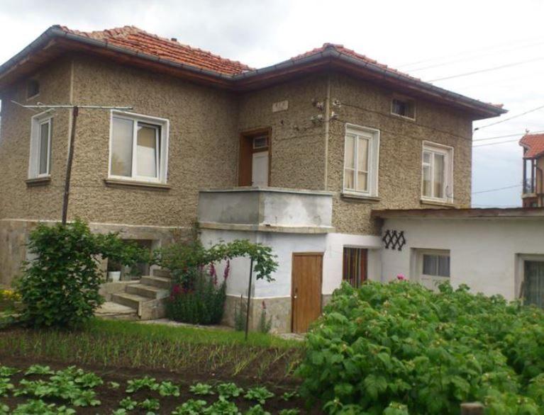 immobilien haus in dospey sofia province bulgarien 80 qm haus 550 qm garten den bergen. Black Bedroom Furniture Sets. Home Design Ideas