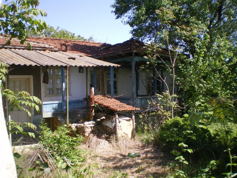 immobilien haus in kranovo silistra bulgarien bungalow renovierungsbed rftig gro er. Black Bedroom Furniture Sets. Home Design Ideas