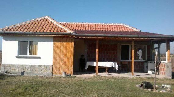 immobilien haus in knizhovnik haskovo bulgarien 70 qm neues haus isolierung 1710 qm. Black Bedroom Furniture Sets. Home Design Ideas