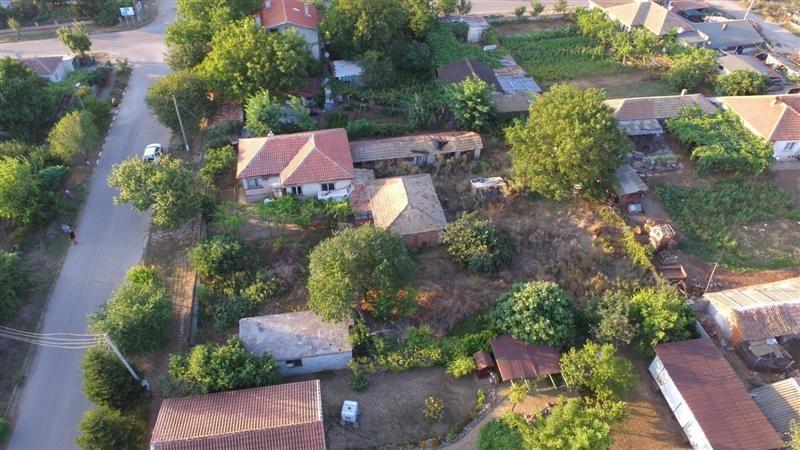 immobilien haus in sveti nikola dobrich bulgarien 100 qm bungalow 1200 qm garten 2 5 km. Black Bedroom Furniture Sets. Home Design Ideas