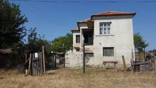 immobilien haus in dragantsi burgas bulgarien 220 qm haus 8 zimmer 595 qm garten 50 km. Black Bedroom Furniture Sets. Home Design Ideas