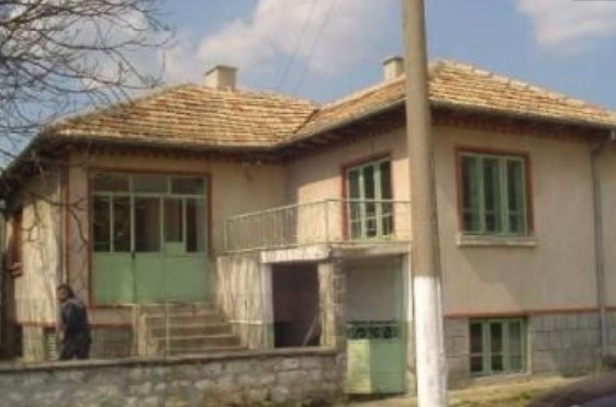 immobilien haus in oborishte varna bulgarien 90 qm haus 2010 qm grundst ck nebengeb ude. Black Bedroom Furniture Sets. Home Design Ideas
