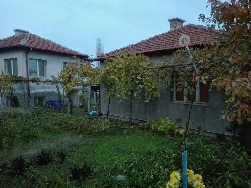 immobilien haus in haskovo haskovo bulgarien 100 qm haus in der stadt. Black Bedroom Furniture Sets. Home Design Ideas