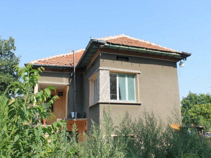 immobilien haus in septemvriytsi montana bulgarien big landhaus niedriger preis 1300 qm. Black Bedroom Furniture Sets. Home Design Ideas
