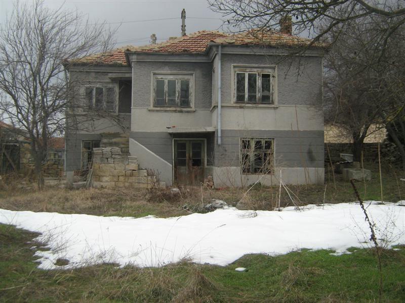 immobilien haus in dobrina varna bulgarien haus 100 qm 3 schlafzimmer badezimmer land. Black Bedroom Furniture Sets. Home Design Ideas